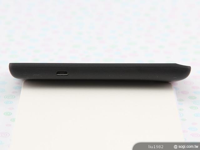 ومواصفات سونى اكسبريا ميرو Sony 2012092510572541645.jpg