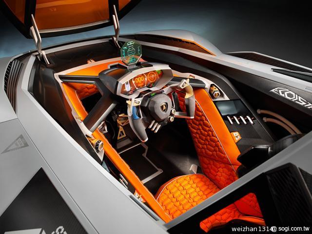 Lamborghini-Egoista-概念車-賽車座椅-液晶螢幕顯示器